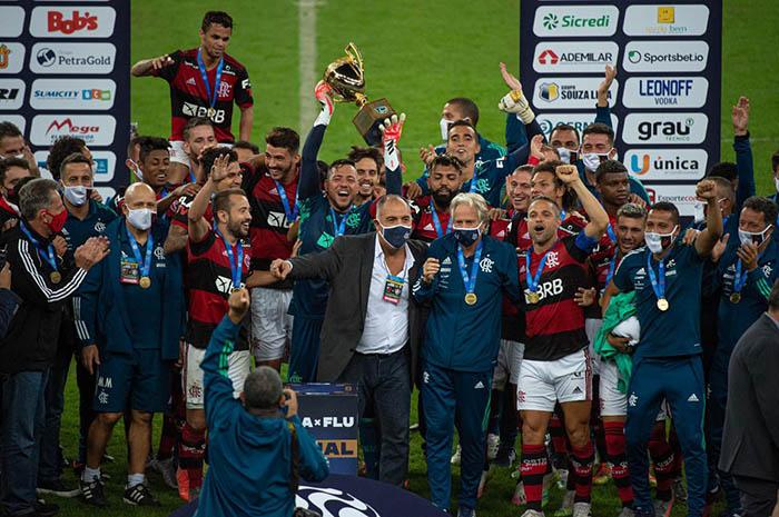 Flamengo campeao 2020, futebol está de volta