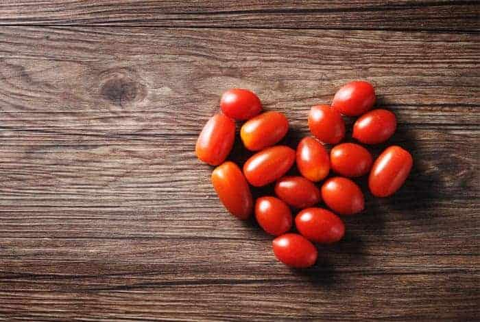 Tomate y corazon
