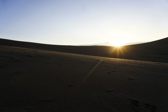 Sunrise in the desert, Varzaneh, Iran – Experiencing the Globe