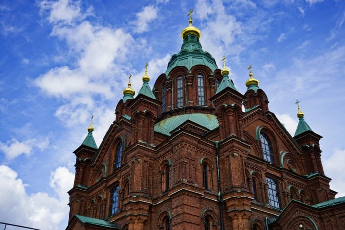 Uspenski cathedral, Helsinki, Finland - Experiencing the Globe