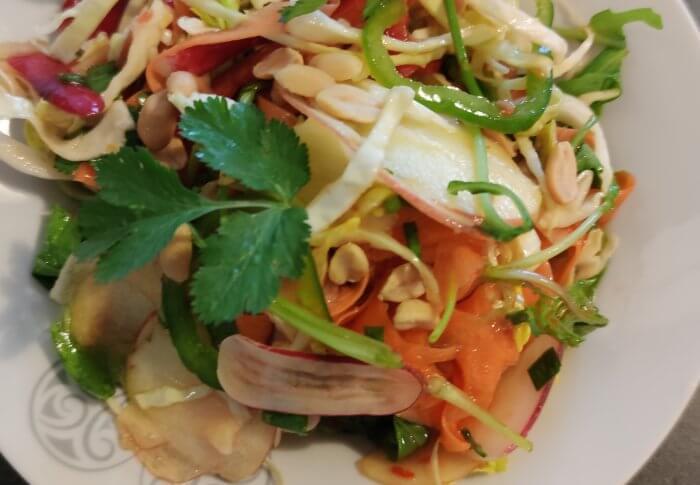 Salade sauce asiatique