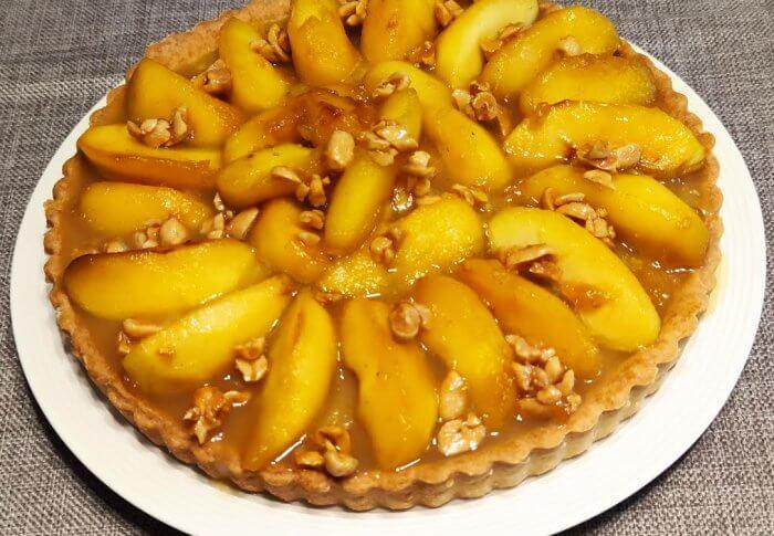 Tarte aux pommes cacahuètes caramélisées