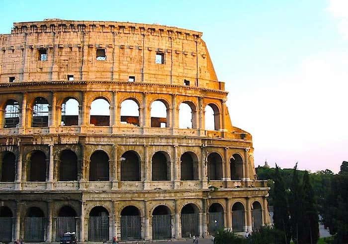 ローマのコロッセオの画像