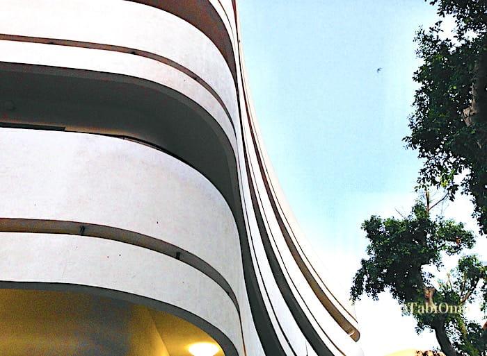 テルアビブ市内のバウハウスの建物画像