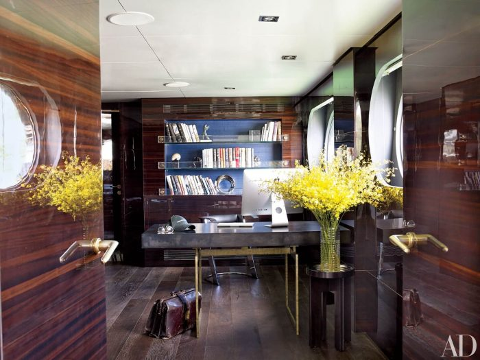 FULL WOODEN SMALL HOME OFFICE DESIGN IDEAS TO BUILD WARM MOOD