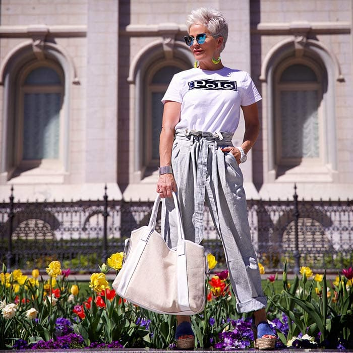 Shauna wearing white tee and tie-waist pants | 40plusstyle.com