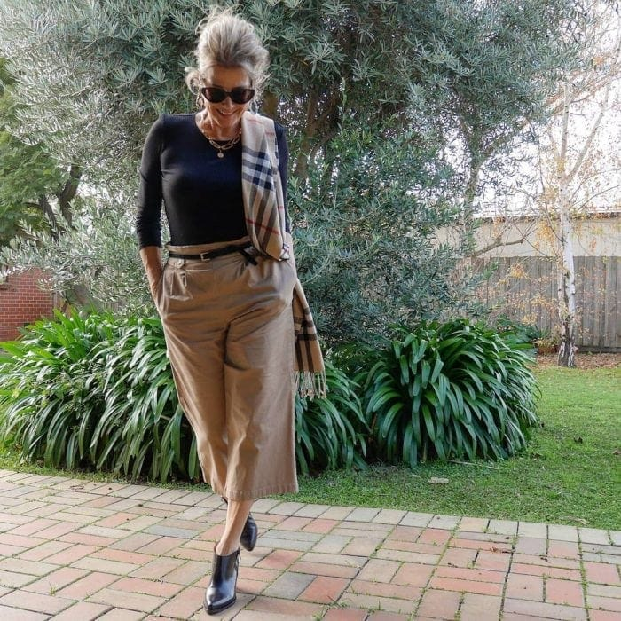 Suzie in a classic beige and black outfit | 40plusstyle.com