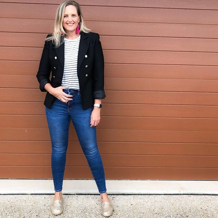 Best clothes for tall women - Nic in a double breasted blazer | 40plusstyle.com
