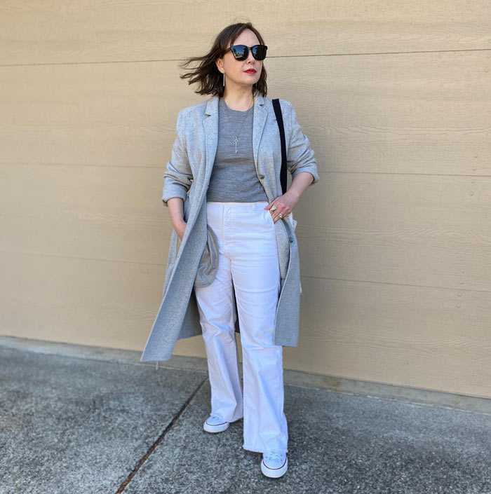 how to dress when you are short - longline coat outfits | 40plusstyle.com