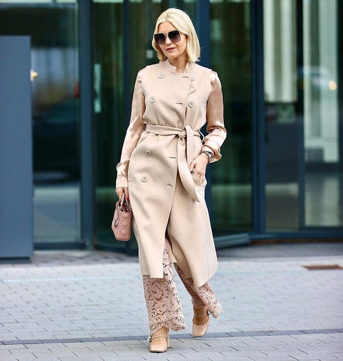 Petra in a classic belted coat | 40plusstyle.com