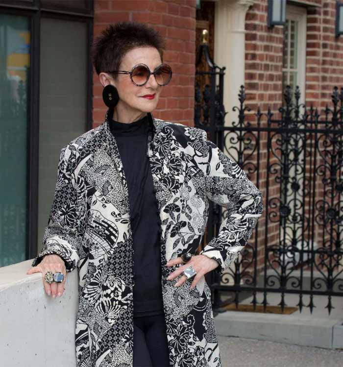 Patterned coat and kimono jacket - 20 different ways to wear black | 40plusstyle.com