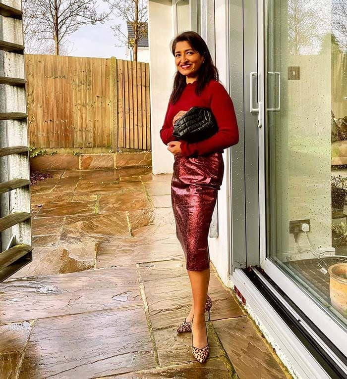 How to dress for Valentine's day - Monika wears red and leopard print