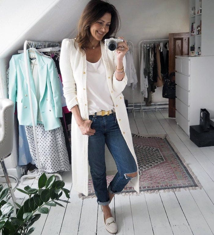 Julie wears her loafers with jeans and a long cardigan | 40plusstyle.com