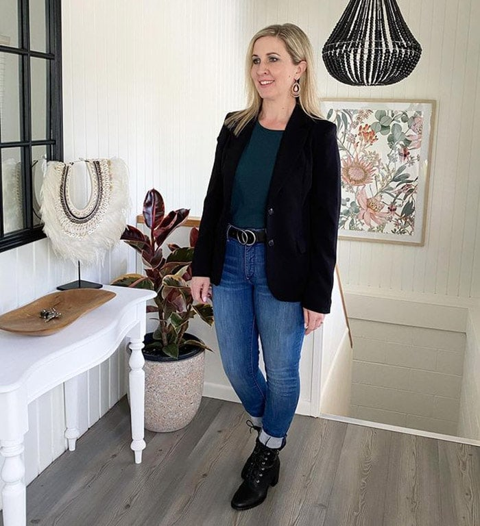 Karen in a blazer and jeans | 40plusstyle.com