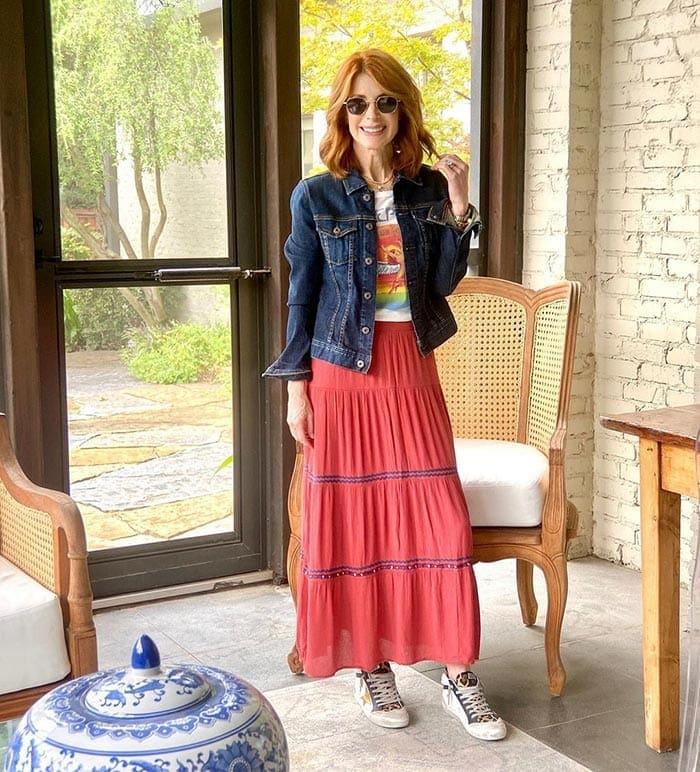 Cathy in denim jacket, skirt and sneakers | 40plusstyle.com
