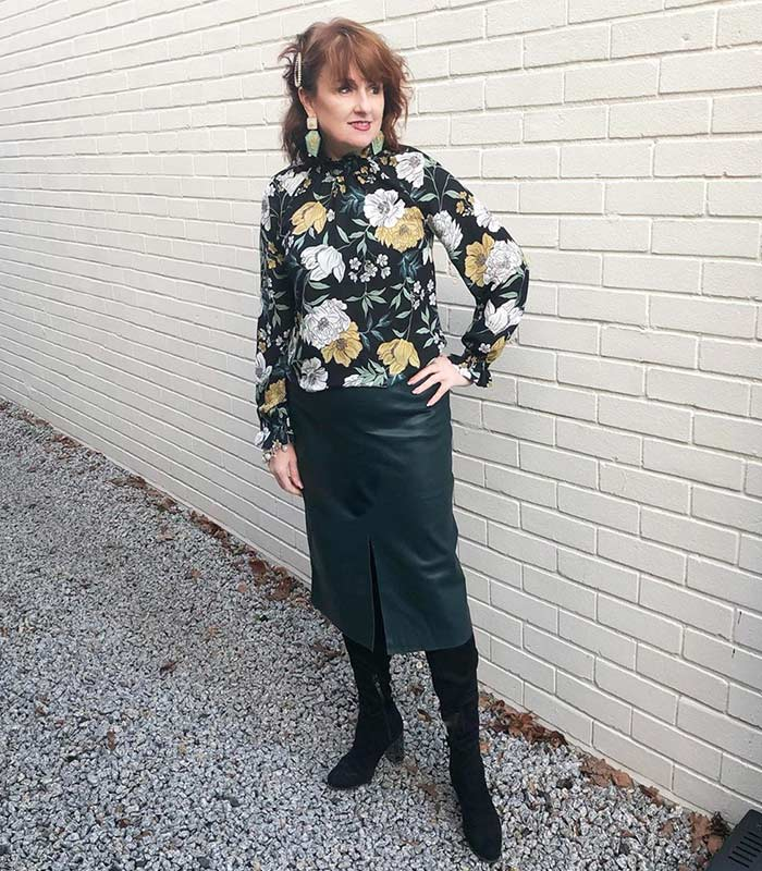 outfit ideas for women over 40 | 40plusstyle.com