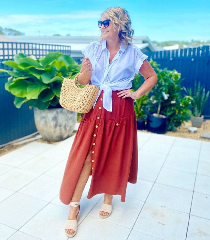 Easy breezy summer skirt outfits and the best summer summer skirts for women in stores now | 40plusstyle.com