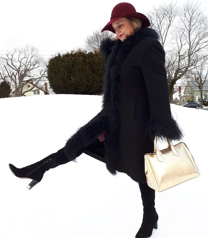 How to look fashionable in winter - which of these 11 ways do you use? | 40plusstyle.com