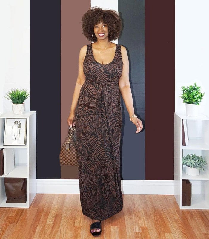 Clothes for tall women - Tanasha in a maxi dress | 40plusstyle.com