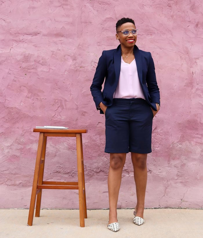 a shorts suit for work | 40plusstyle.com