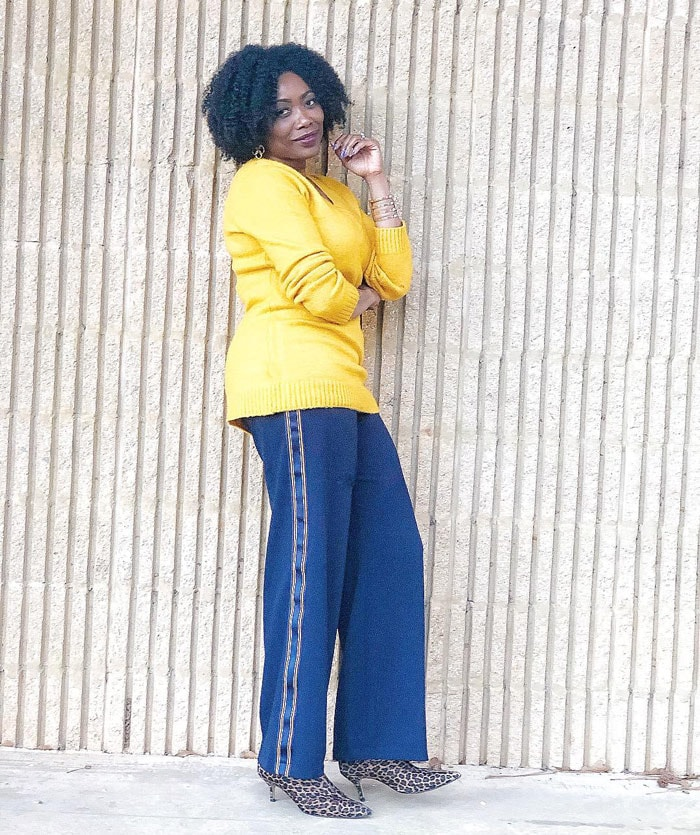 Yellow sweater goes well with cobalt blue colored jeans | 40plusstyle.com