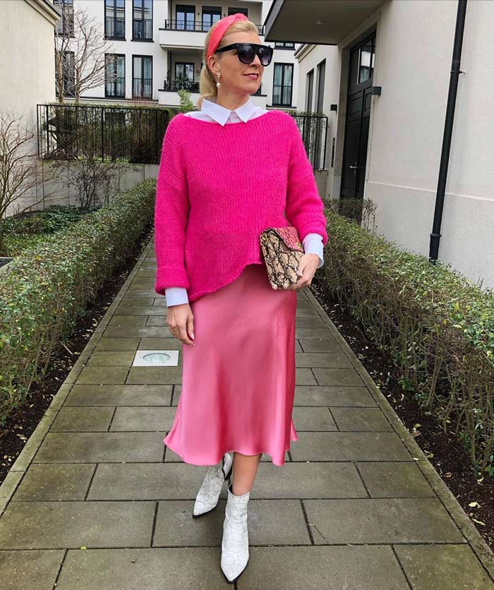 How to wear pink - Nadine wears an all-pink outfit | 40plusstyle.com