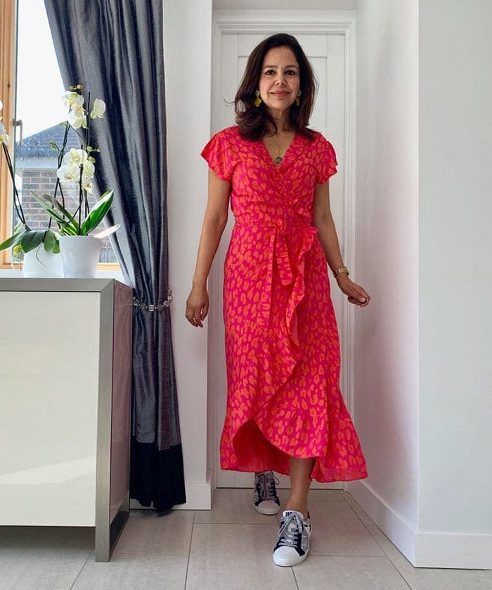 a ruffle dress could be a good choice to hide a tummy | 40plusstyle.com