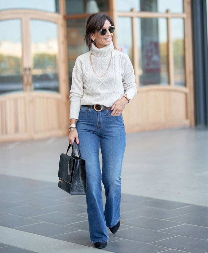 Patricia wears a sweater and jeans | 40plusstyle.com