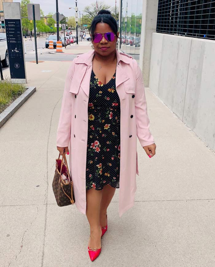 weekend brunch trench coat outfit idea   40plusstyle.com
