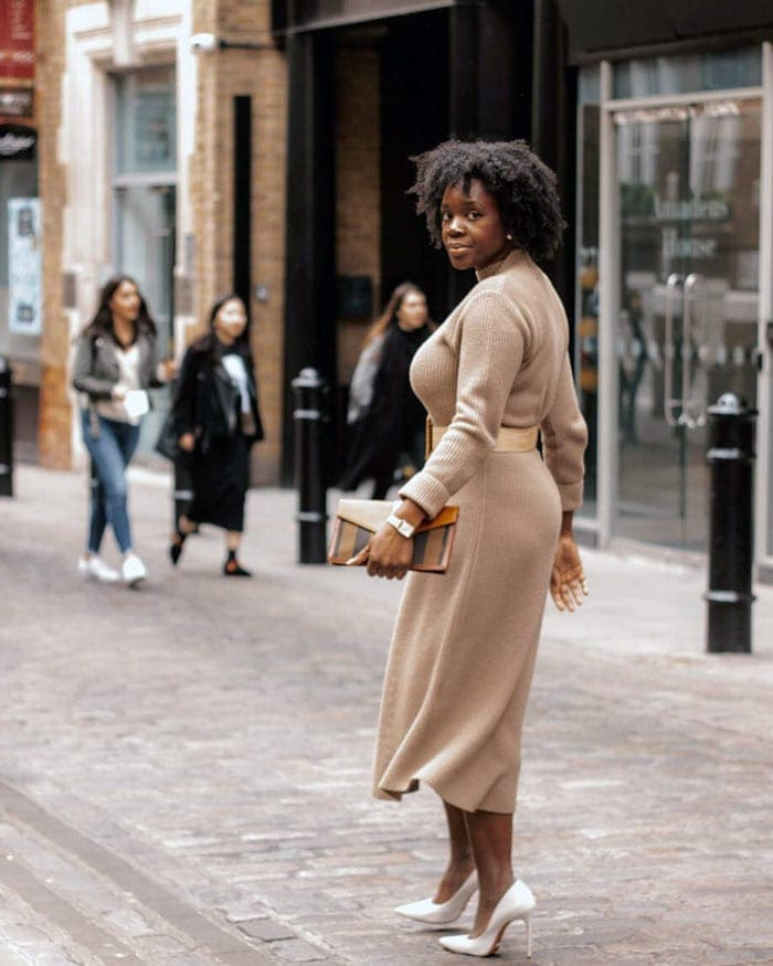 Tips on how to dress the hourglass body shape | 40plusstyle.com