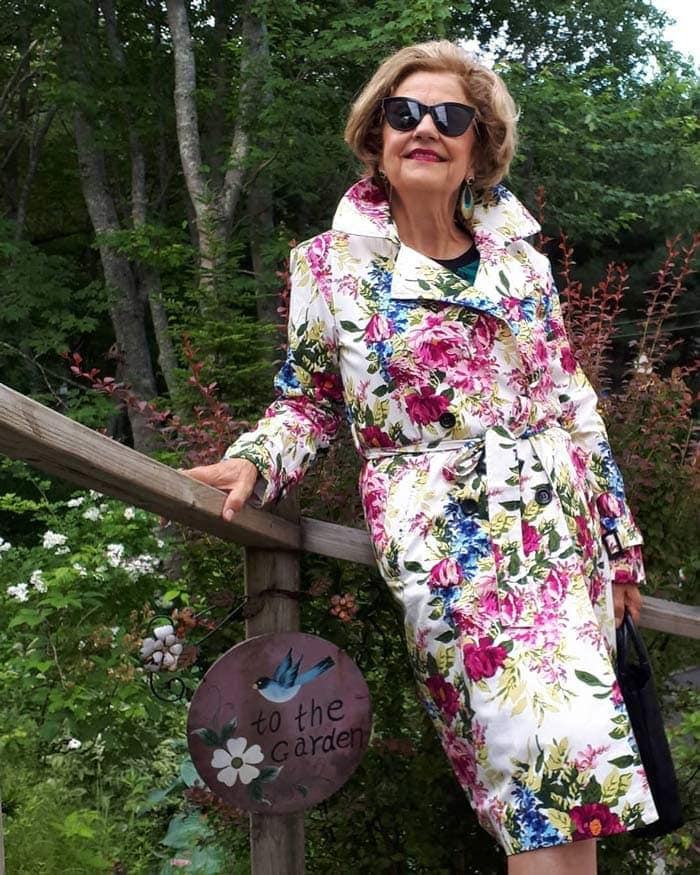 Terrie wearing a floral coat | 40plusstyle.com
