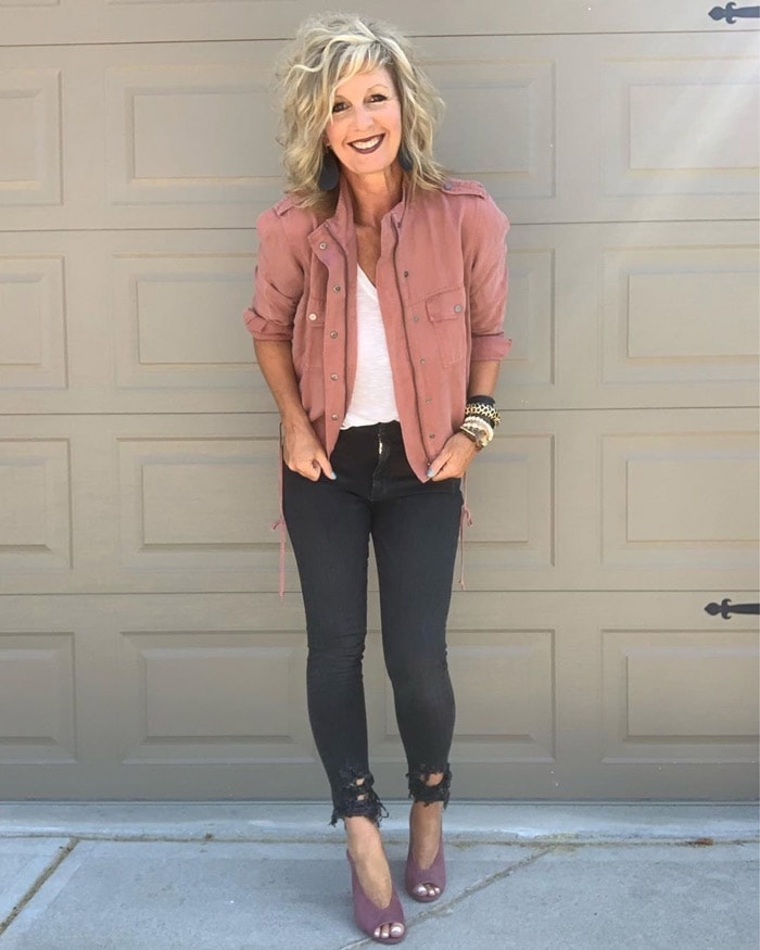The Best Concert Outfits For Women Over 40 What To Wear To A Concert