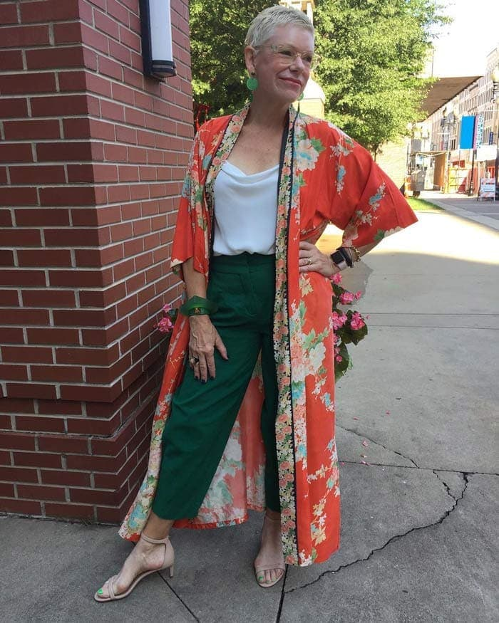 red and green outfit ideas | 40plusstyle.com