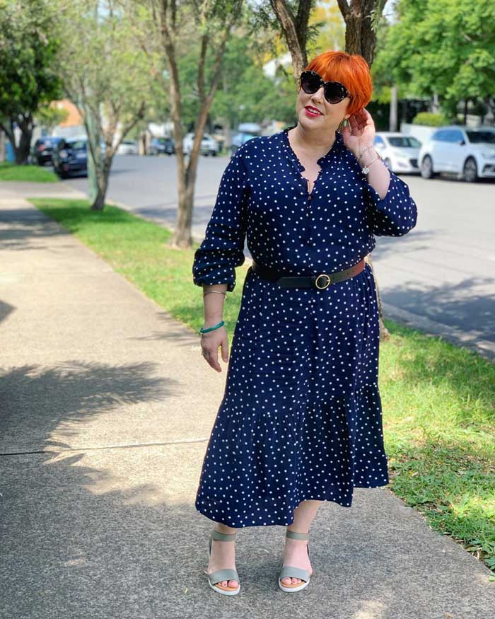 polka dot outfits - a polka dot dress and sandals   40plusstyle.com
