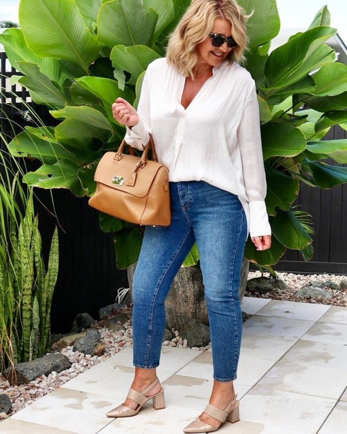 a white shirt and blue jeans are absolutely style classics | 40plusstyle.com