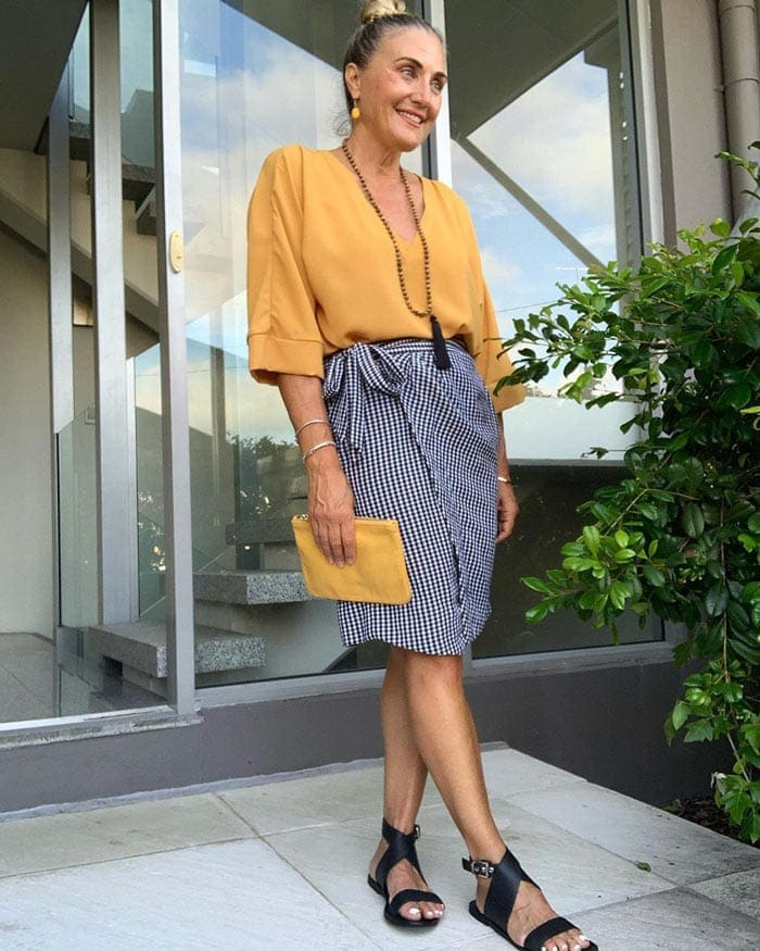 wearing yellow with black and white | 40plusstyle.com