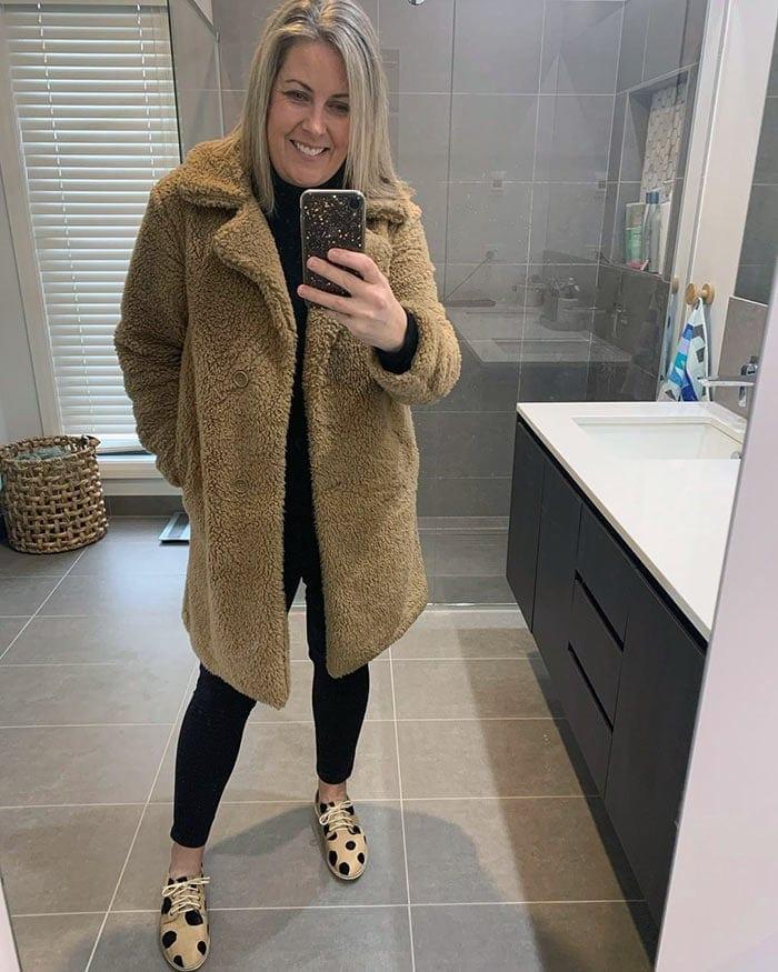 Beth wears a fluffy coat | 40plusstyle.com