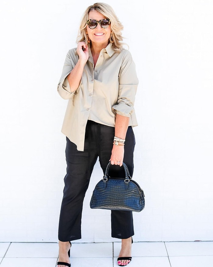 Tops for your capsule closet - Bev in a classic shirt | 40plusstyle.com