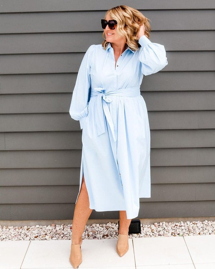 How to dress when you are petite - Bev in a shirtdress | 40plusstyle.com