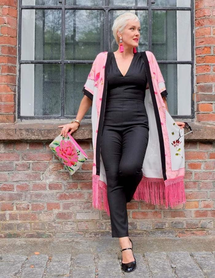 combining black and pink for the glamorous style personality | 40plusstyle.com