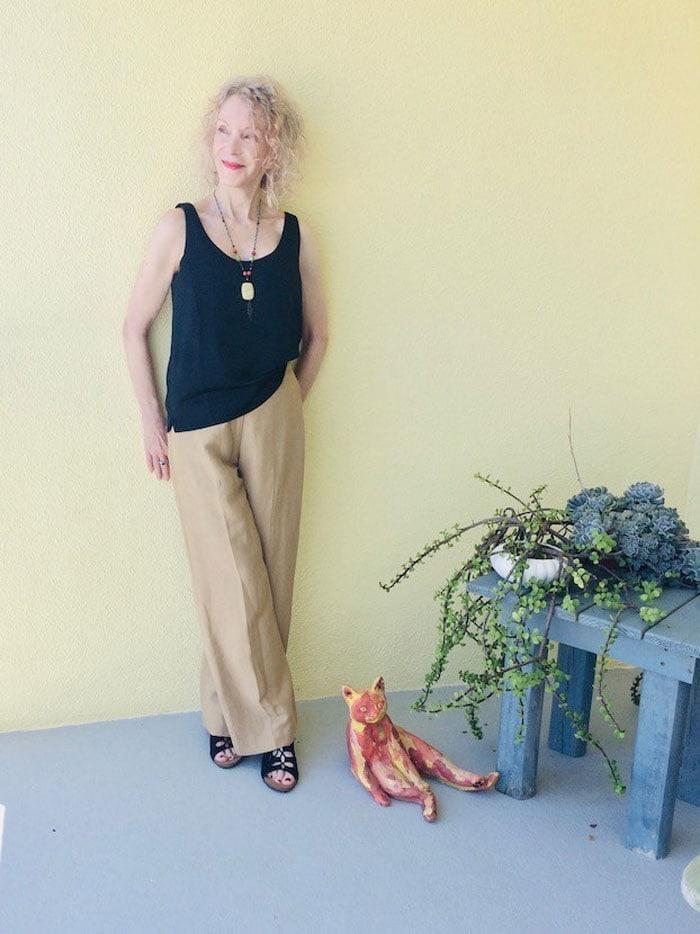 Patti wearing sleeveless top | 40plusstyle.com