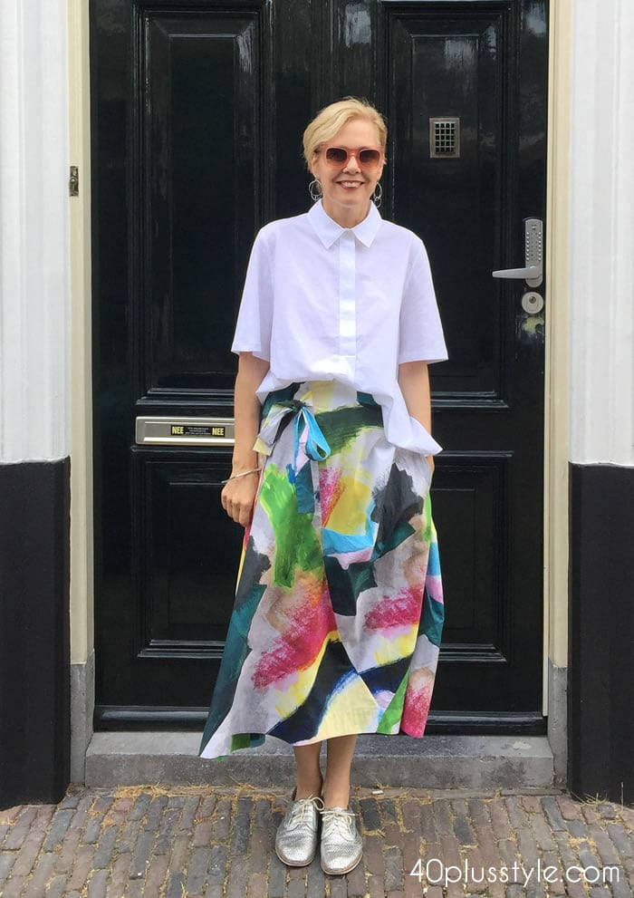 Favorite look of 2018 #1 - colorful skirt with white blouse | 40plusstyle.com