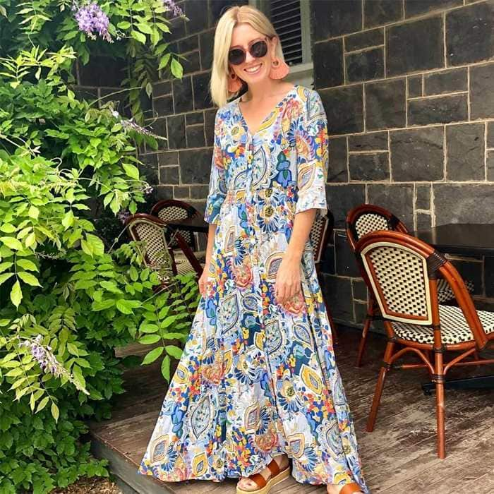 What should I wear today? 10 questions to ask yourself before you get ready - Maxi dresses for women over 40 | 40plusstyle.com