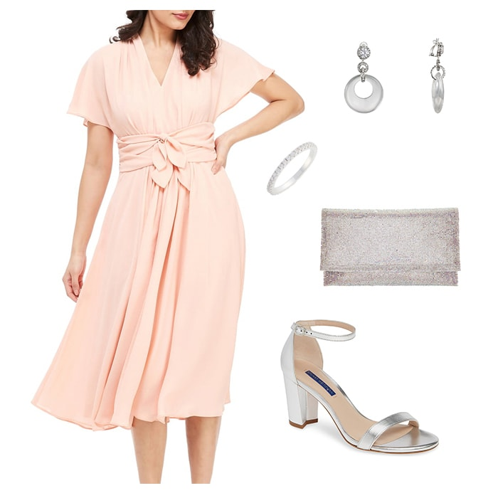 Dresses to wear to a bridal shower | 40plusstye.com