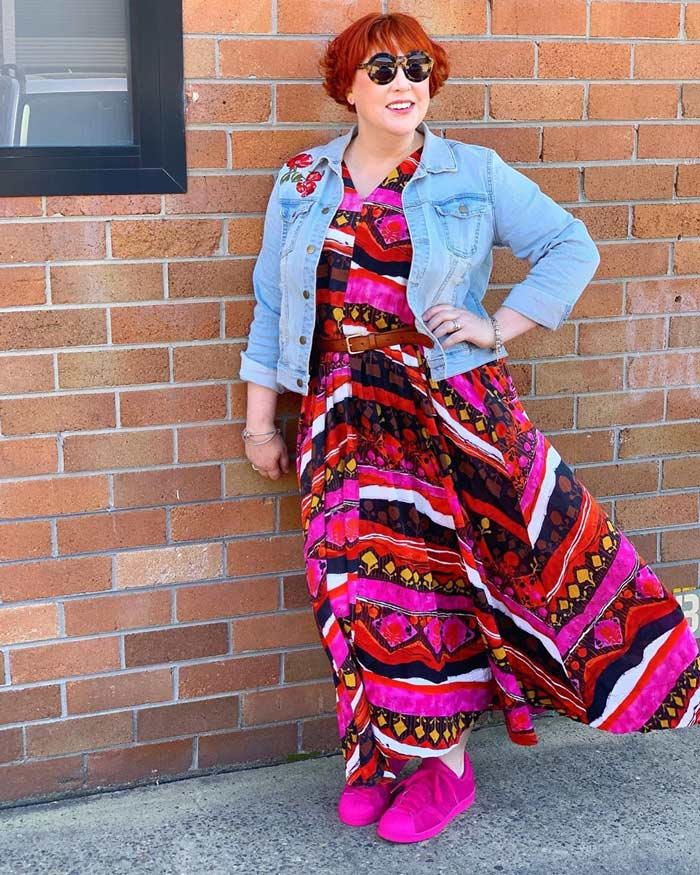 wearing a maxi dress with belt | 40plusstyle.com