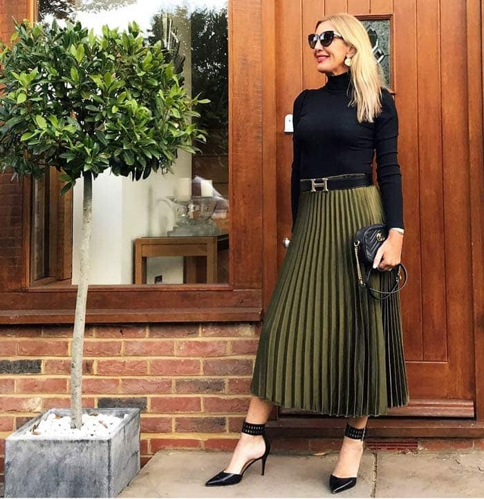 wearing a skirt with a sweater | 40plusstyle.com