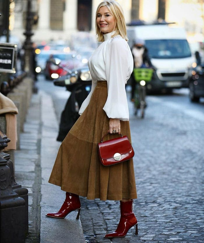 what to wear for valentines day - a romantic outfit | 40plusstyle.com