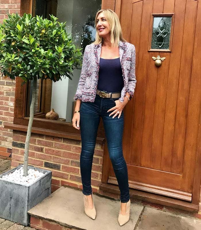a shorter blazer worn with a par of skinnies | 40plusstyle.com