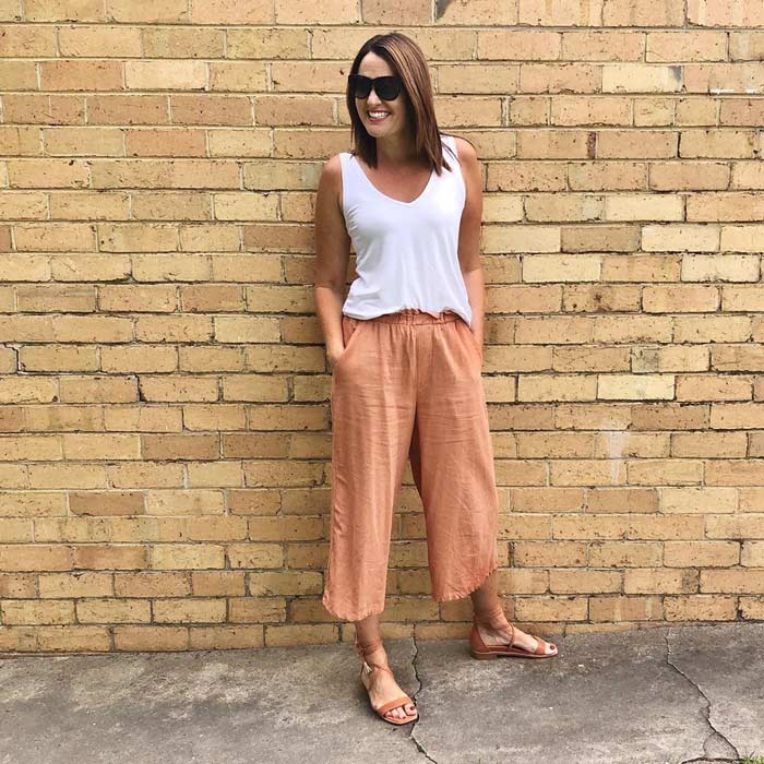 cropped pants for summer | 40plusstyle.com