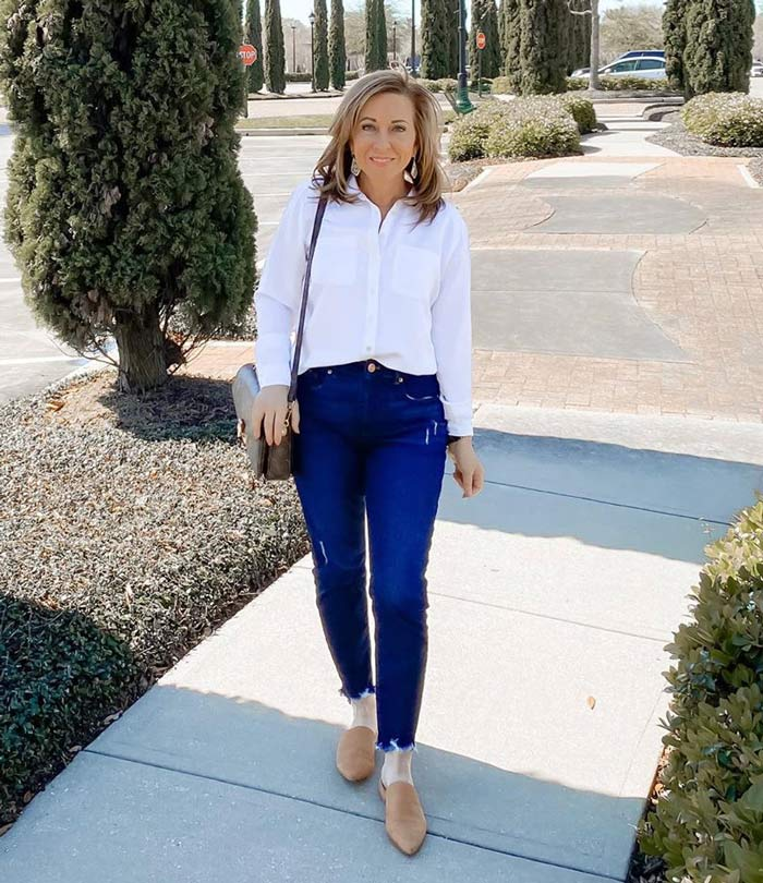 a white shirt is perfect for the natural style personality | 40plusstyle.com